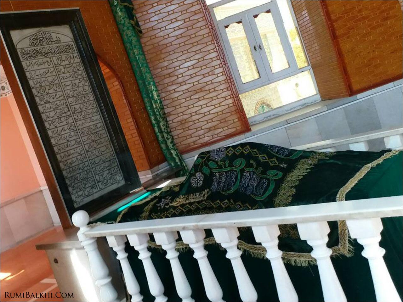 مزار مبارک پیر غزنه حضرت حکیم سنائی غزنوی