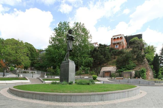 Nikoloz Baratashvili Square