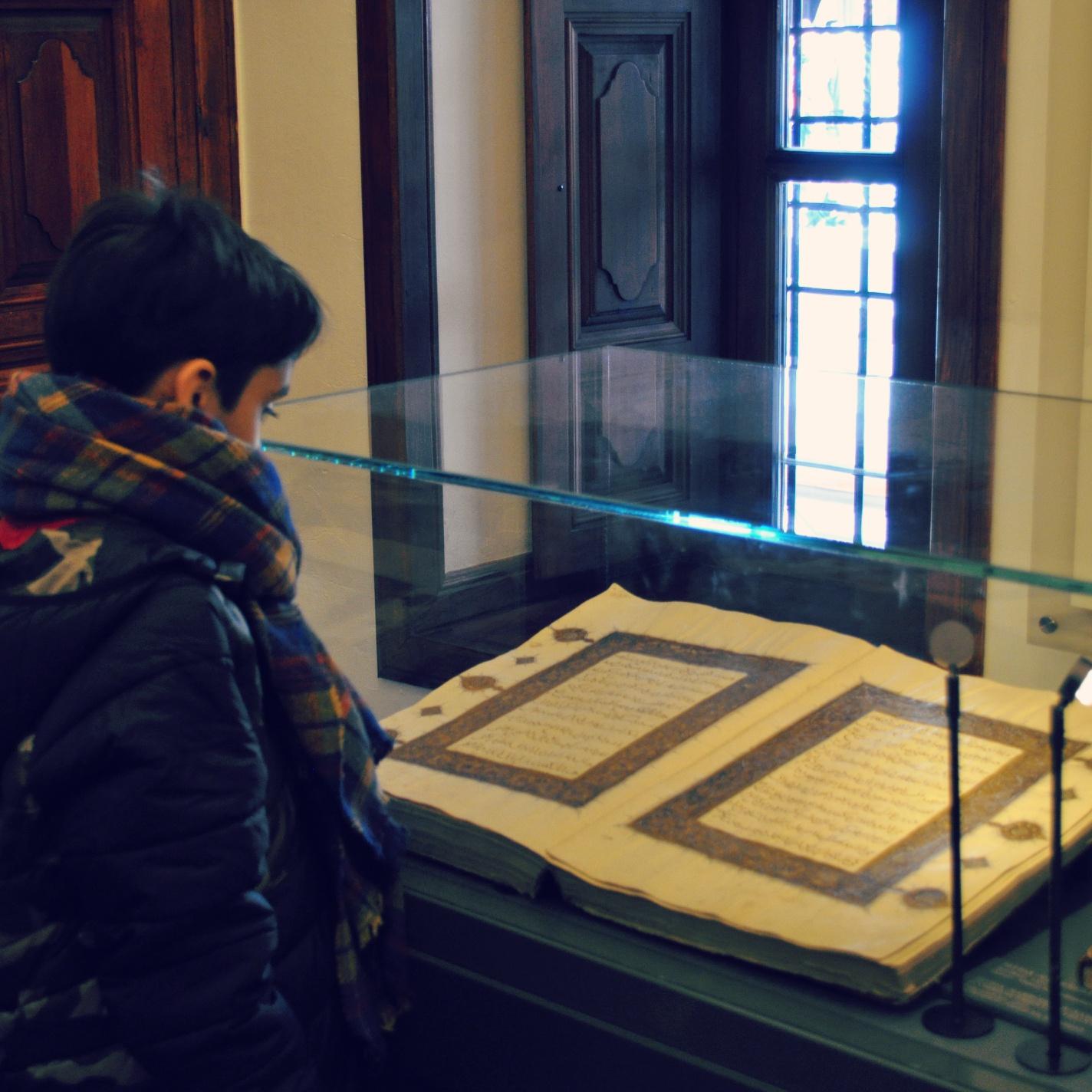 Farhad Hunarwar Reading The Book